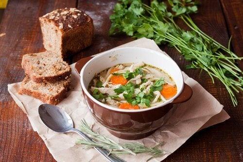 Supa poate fi preparată din diverse ingrediente