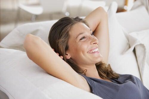 Dușurile reci îți pot îmbunătăți dispoziția