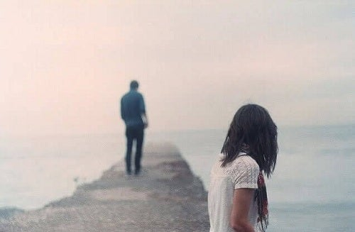 Dacă partenerul nu te mai iubește, ia-ți adio și mergi mai departe
