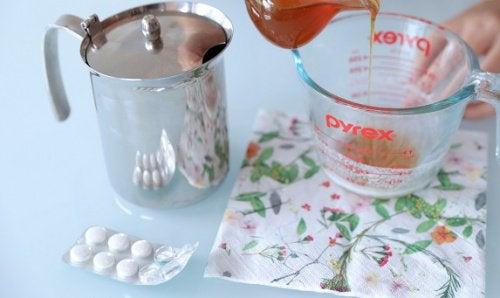 Peeling facial cu aspirină pentru înfrumusețare