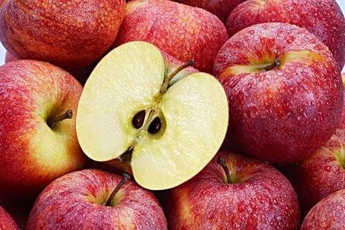 Semințele de măr sunt anticancerigene