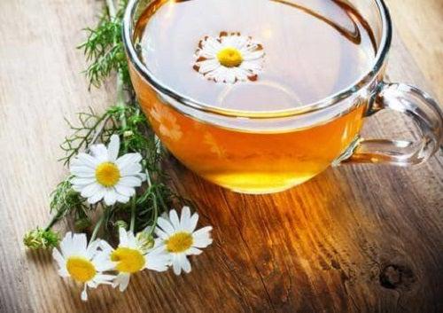 Ceaiul de mușețel te ajută să combați flatulența