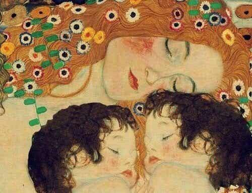 Săruturile și îmbrățișările sunt importante pentru copii