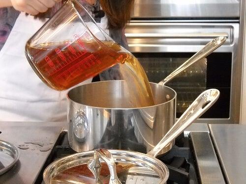 Latura toxică a gătitului și exemple de mâncăruri toxice