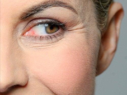 Oțetul de mereu este folosit ca și tratamentul antirid