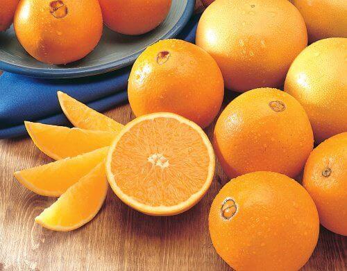 Portocalele contribuie la eficiența acestui smoothie detoxifiant
