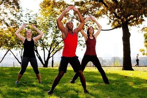 Sărituri exerciții pentru fese