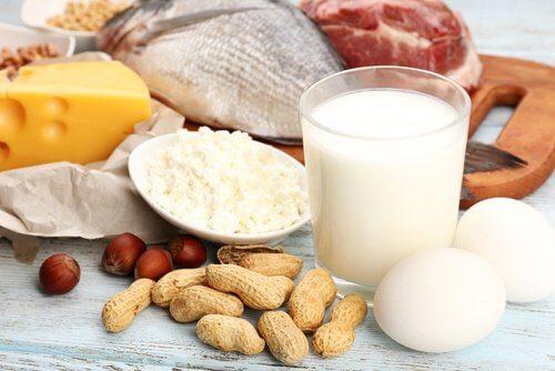 Cum să-ți subțiezi talia consumând proteine