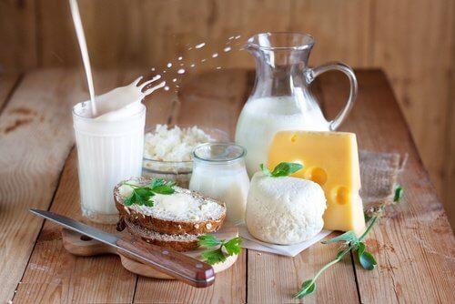Produsele lactate pot cauza umflarea abdomenului