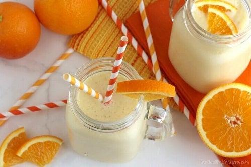 Anumite tipuri de smoothie te ajută să previi cancerul de sân