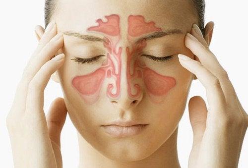 Cum să-ți desfunzi nasul și sinusurile