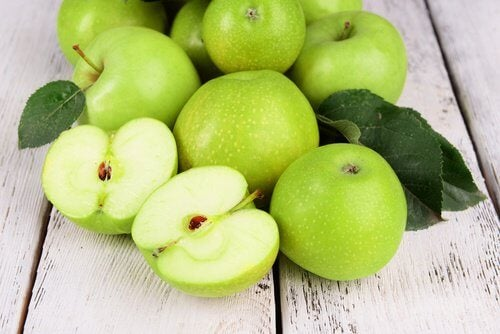 Fructe ca să obții o siluetă clepsidră