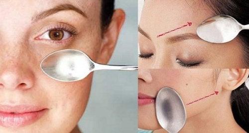 Masaj facial cu lingura pentru o piele întinerită
