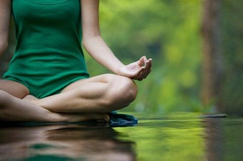 Meditația te ajută să descoperi pacea interioară