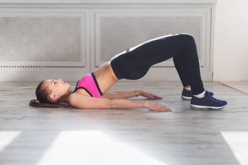 Podul te ajută să elimini pielea lăsată de pe picioare