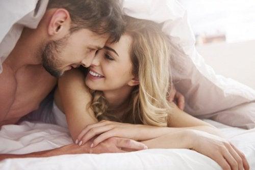 Sexul poate consolida o relație de prietenie