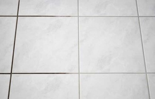 Gresia și faianța din baia ta trebuie menținute curate