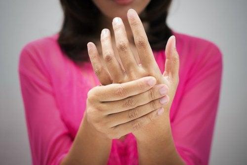 O circulație sanguină deficitară va produce mai multe simptome