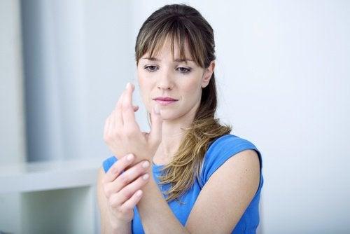 Sâmburii de avocado combat durerile și inflamațiile