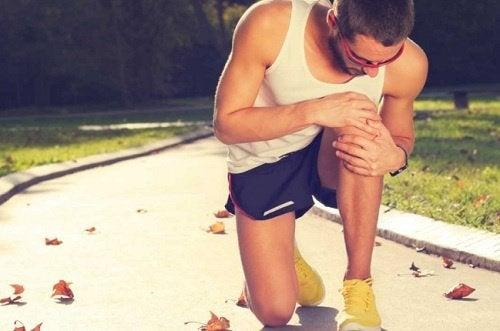 Simptome date de sciatică la sportivi
