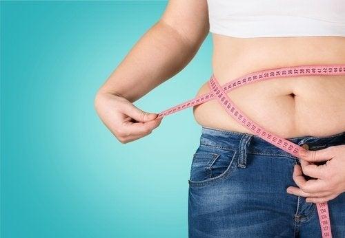 Cauzele grăsimii abdominale la femei