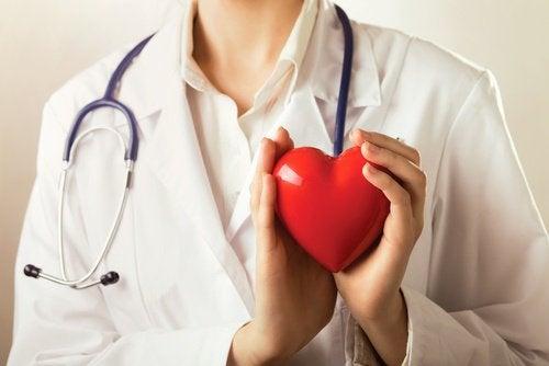 Beneficiile ceaiului verde pentru inimă