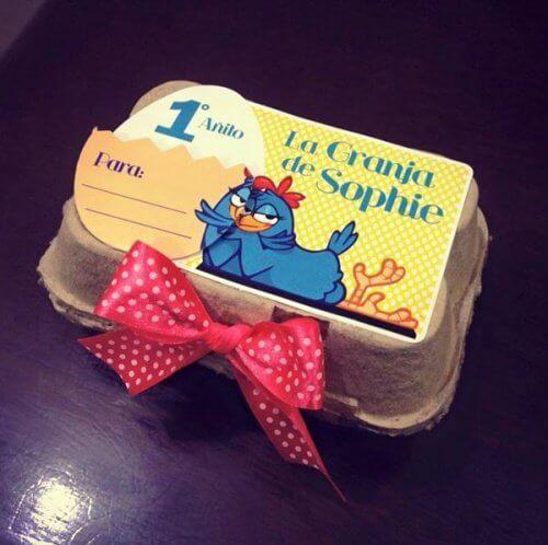 Cofrajele de ouă folosite ca și cutie de cadou