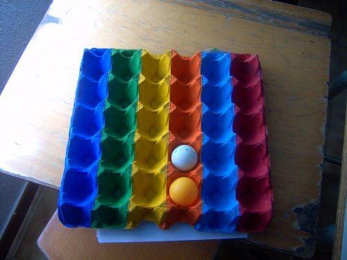 Cofrajele de ouă transformate în organizatoare