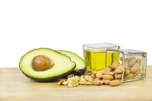 Grăsimile sănătoase te ajută să reduci grăsimea abdominală