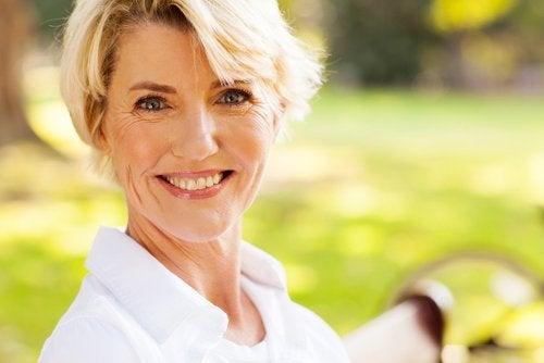 Deși ai ajuns la menopauză, poți fi în continuare fericită