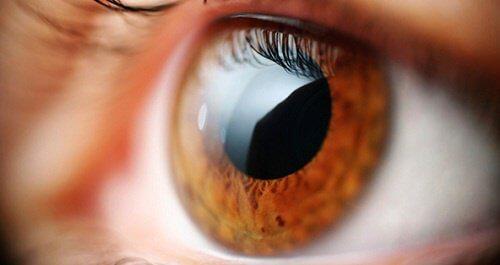 Ochii pot semnaliza anumite probleme de sănătate