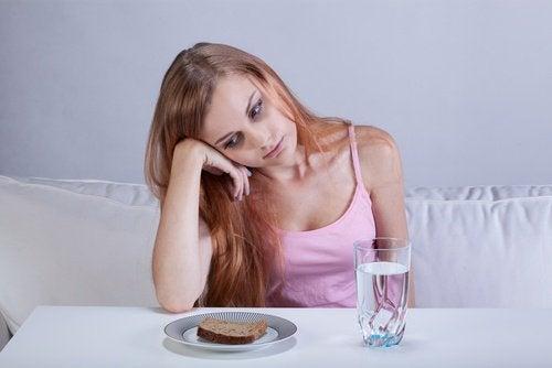 Insuficiența renală poate cauza pierderea poftei de mâncare
