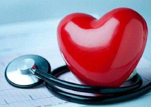 Printre altele, acest suc natural este benefic pentru inima ta