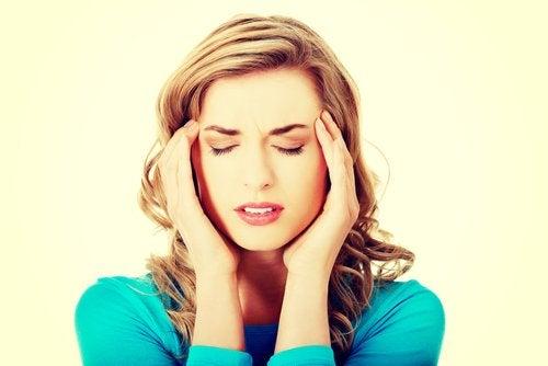 Accidentele vasculare cerebrale pot cauza migrene foarte intense