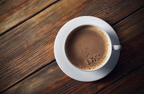 Consumul unei cești de cafea dimineața este benefic pentru organism