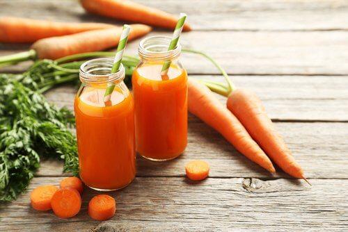 Alimente cu calorii negative precum morcovii