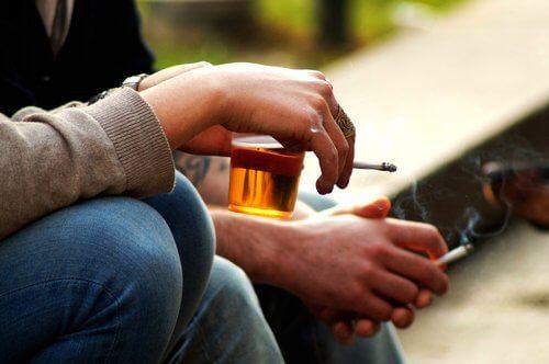 Fumatul cauzând un nivel ridicat de estrogen