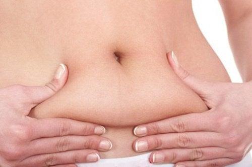 Ai la dispoziție numeroase alimente ce ard grăsimea abdominală