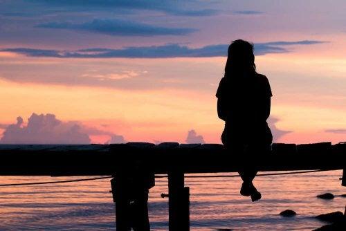 Singurătatea pe lista de cauze ale depresiei