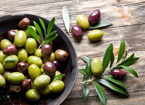 Măslinele fac parte dintr-o dietă care nivelul de colagen