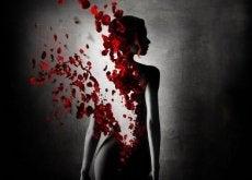 Abuzul lasă oamenii cu sufletele frânte