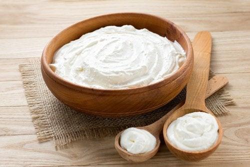Castron cu iaurt