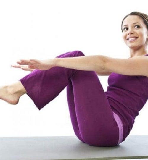 Ca să ai un abdomen ferm și plat, ai nevoie de puțină consecvență