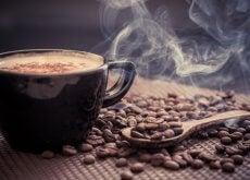 Nu este bine să bei cafea imediat după ce te trezești