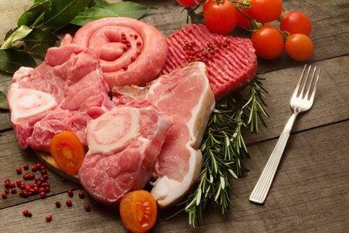 Carnea roșie poate duce la formarea pietrelor la rinichi