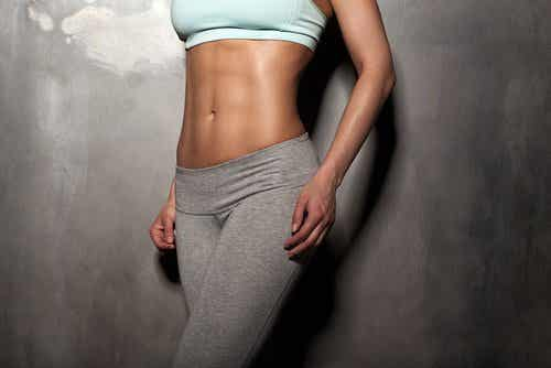 Gimnastica hipopresivă îți subțiază abdomenul