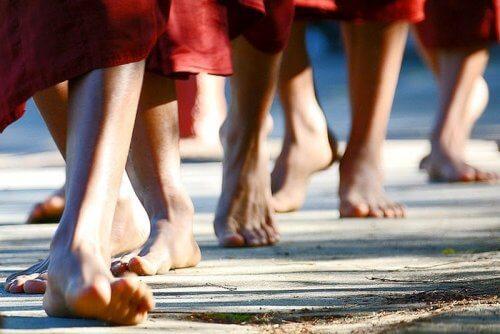 Meditația în mers este o practică benefică