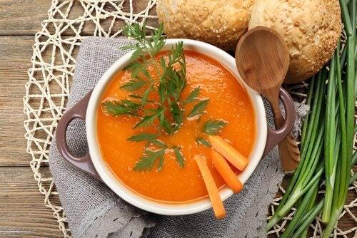 Morcovii sunt remedii naturale pentru boala Crohn