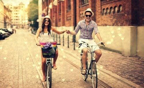 Cum să menții o relație de cuplu fericită