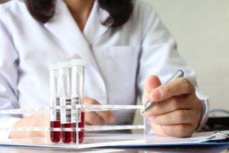 Anemia pe lista de simptome ale cancerului de colon